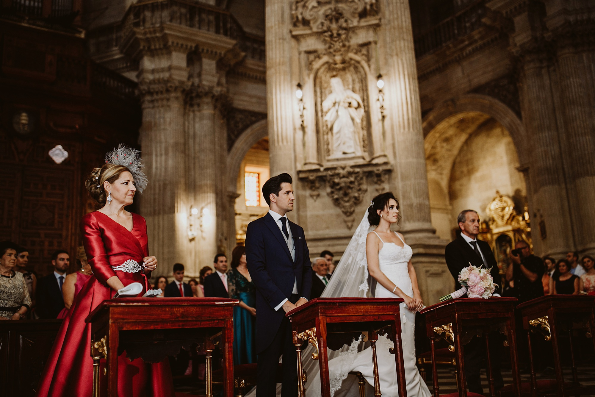 boda religiosa en el Sagrario, wedding in cathedral granada